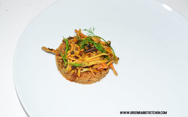 Vegan Chanterelle Mushroom Crostini 09