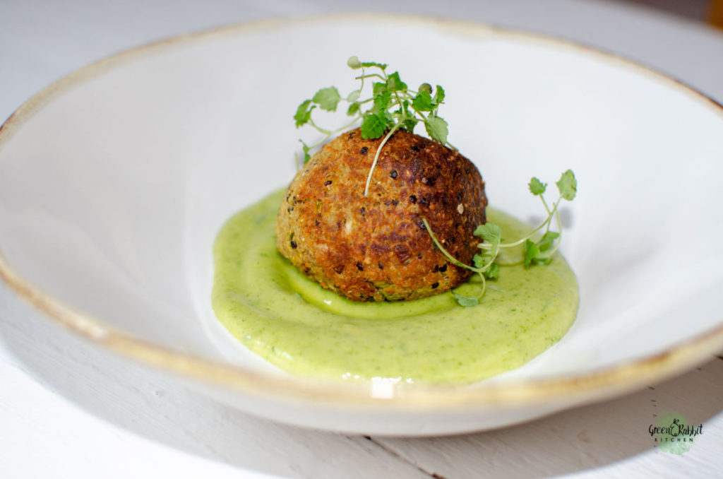 Vegan Cauliflower and Quinoa Fritters Ball